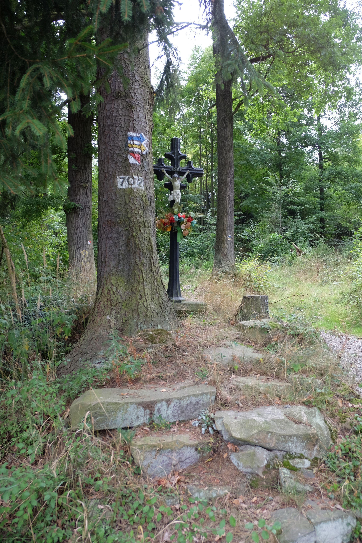 09 - Kříž u zahrádkářské kolonie
