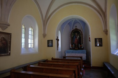 8. interiér kaple na poutním místě Maria Rast.JPG
