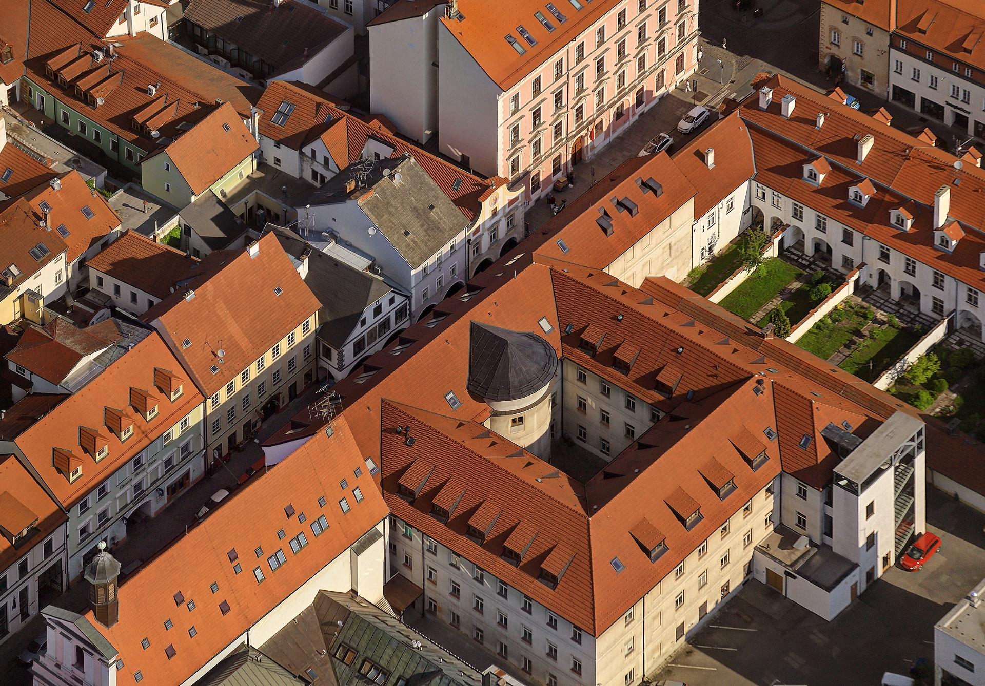Budova Teologické fakulty JU v Českých Budějovicích