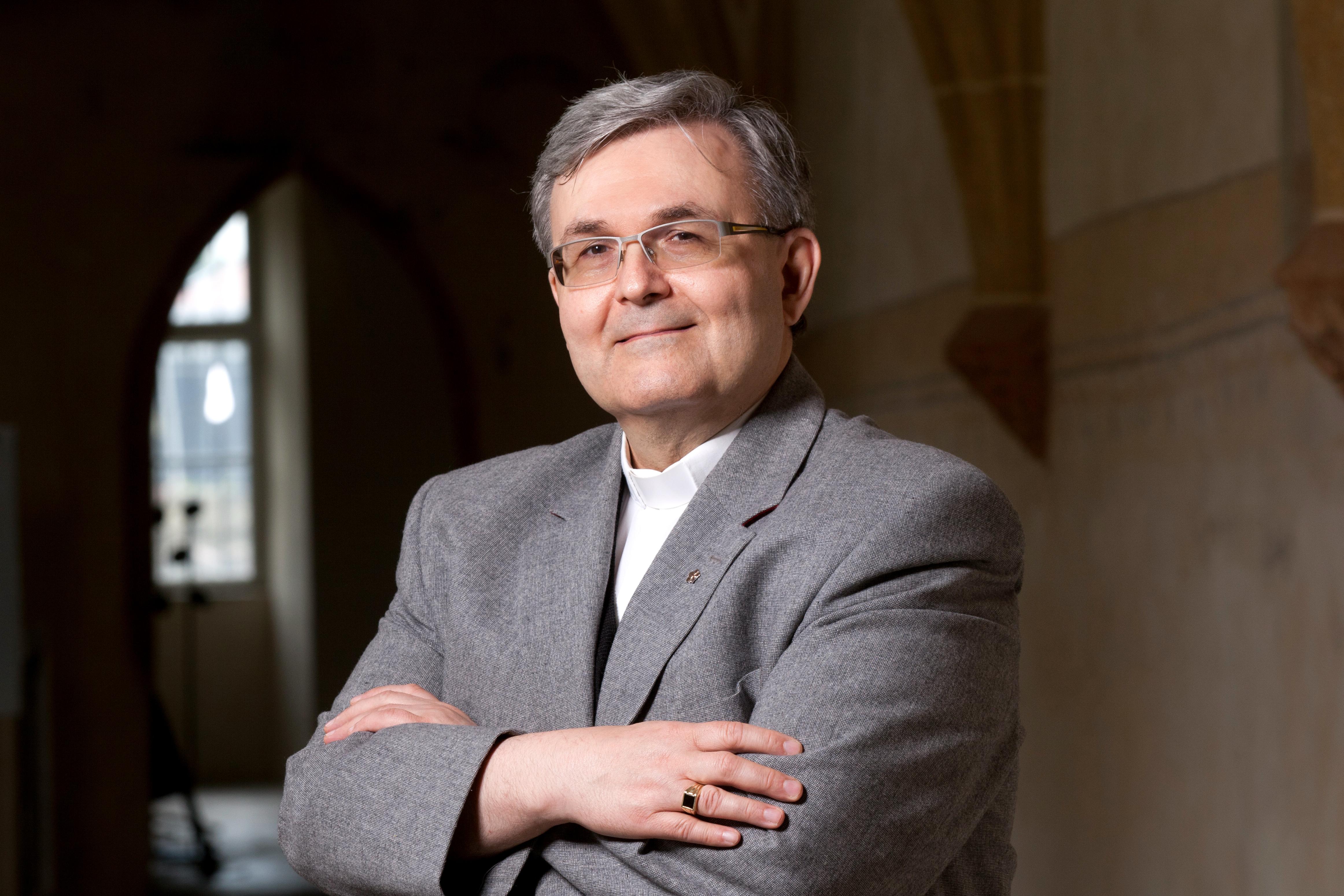 Prof. ThLic. PaedDr. Martin Weis, Th.D. - vedoucí katedry teologických věd